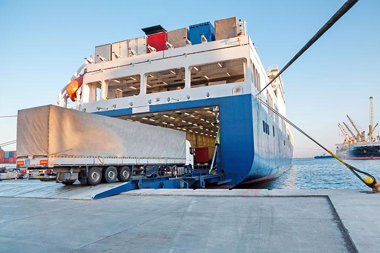 Roll-on/roll-off vessel